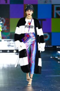 Sara Ferrario 1614595475489867 Dolce Gabbana Women s FashionShow FallWinter 21 22 PRIORITYLOOKS 010